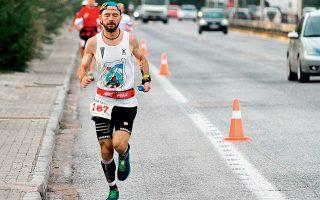 Ο 43χρονος Τσέχος τερμάτισε δεύτερος στο φετινό Σπάρταθλον, διανύοντας 246 χιλιόμετρα από την Αθήνα στη Σπάρτη μέσα σε 23 ώρες, 37 λεπτά και 15 δευτερόλεπτα.