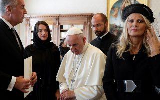Σημερινή φωτογραφία του Πάπα από τη συνάντησή του με τον πρόεδρο του Μαυροβουνίου Μίλο Τζουκάνοβιτς