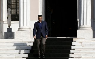 hurriyet-o-tsipras-ekane-piso-sto-thema-ton-dodeka-milion0
