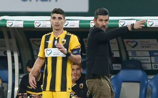 Ουζουνίδης και Μάνταλος συγκέ-ντρωσαν τον κύριο όγκο δυσφορίας μετά το 0-0 με τον Παναθηναϊκό.