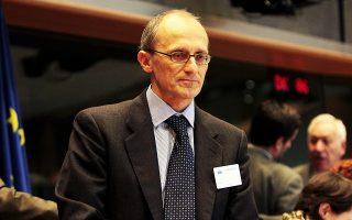 Ο Αντρ. Ενρία προΐσταται της Ευρωπαϊκής Τραπεζικής Αρχής από το 2011.