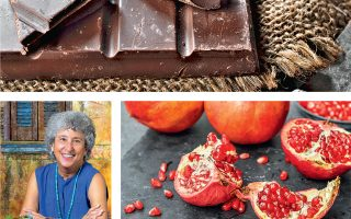 Η Αμερικανίδα διατροφολόγος αναφέρει, μεταξύ άλλων, την έρευνα για τα οφέλη της σοκολάτας που είχε χρηματοδοτηθεί από τη σοκολατοποιία Hershey και αυτή των Αμερικανών παραγωγών ροδιού, που έχουν ξοδέψει πάνω από 20 εκατ. δολάρια για να πείσουν το κοινό πως ο χυμός ροδιού είναι το ιδανικό αντιοξειδωτικό.