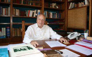 Ανεξίτηλο το επιστημονικό αποτύπωμα που αφήνει ο Παναγιώτης Σακελλαρόπουλος (1926-2018).