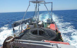 Το έργο αφορά την κατασκευή και μεταφορά υποβρύχιων και υπόγειων καλωδιακών διασυνδέσεων στην περιοχή Ρίου - Αντιρρίου.