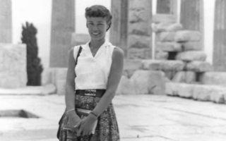 Νεαρή ακόμη ακολούθησε τα όνειρά της και βρέθηκε στους αρχαιολογικούς χώρους της Ελλάδας.
