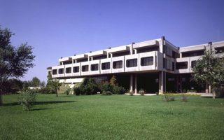 Στα πρώην κεντρικά κτίρια της ΑΓΕΤ Ηρακλής αναμένεται να  εγκαταστήσει το νέο του «στρατηγείο» ο πρόεδρος της Ενωσης Ελλήνων Εφοπλιστών (ΕΕΕ) και επικεφαλής του ναυτιλιακού ομίλου Golden Union Θ. Βενιάμης.