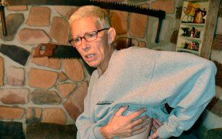 Η Λίζα Σνάιντερ υποβλήθηκε σε αφαίρεση του εμφυτεύματος της σπονδυλικής στήλης, που δεν λειτουργούσε σωστά.