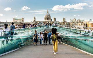Η διεθνής φωτογραφική πλατφόρμα GuruShots στην έκθεση «City Scenes».