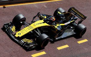 «Πόλος έλξης» για το κοινό της έκθεσης είναι το μονοθέσιο F1 της Renault, που συμμετέχει στο φετινό πρωτάθλημα.