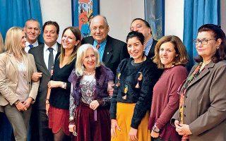 Στιγμιότυπο από τη συνάντηση του ΥΦΕΞ και του Γενικού μας Προξένου στη Γενεύη με όλους τους εκπροσώπους των συλλόγων της ομογένειας στην πόλη.