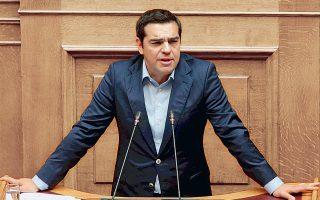 Ο Αλέξης Τσίπρας επιχειρεί να πάρει «πάνω» του την προσπάθεια της κυβέρνησης για ανάκαμψη και την επανασύνδεσή της με κρίσιμες κοινωνικές ομάδες.