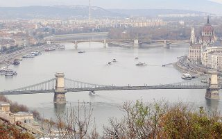Ταξίδι στη Βουδαπέστη για τον φυγά Νίκολα Γκρούεφσκι, στενό πολιτικό φίλο του Ορμπαν.