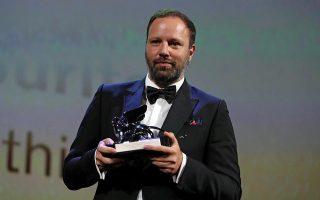 Ο Έλληνας σκηνοθέτης κέρδισε το Μεγάλο Βραβείο της Επιτροπής στο 75ο Διεθνές Φεστιβάλ Κινηματογράφου της Βενετίας για την νέα του ταινία «The Favourite».