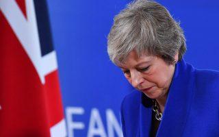 brexit-stirixi-ton-toris-sti-symfonia-me-tin-e-e-an-pei-pote-paraiteitai-i-mei0