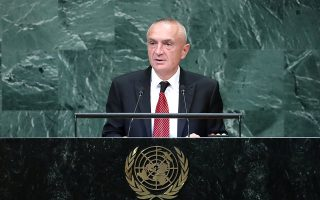 O πρόεδρος της Αλβανίας Ιλίρ Μέτα (φωτ. από πρόσφατη ομιλία του στον ΟΗΕ) ζήτησε την παρεμπόδιση της ρητορικής του μίσους ανάμεσα στους δύο λαούς, σε αντίθεση με τον διχαστικό πρωθυπουργό Εντι Ράμα.
