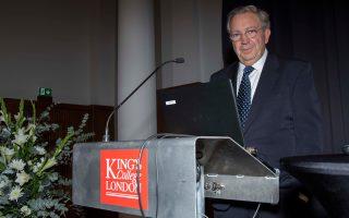 Ο ομιλητής της εκδήλωσης στο Λονδίνο, καθηγητής Προϊστορικής Αρχαιολογίας στο ΑΠΘ Στέλιος Ανδρέου, αναφέρθηκε στην προϊστορική Μακεδονία.