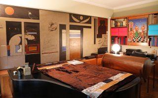 Το σαλόνι του Μάνου Χατζιδάκι στη Ρηγίλλης.