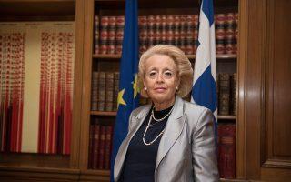 Η κ. Βασιλική Θάνου θα διαδεχθεί στο αξίωμα τον κ. Δημήτρη Κυριτσάκη, προερχόμενο επίσης από τον δικαστικό κλάδο.