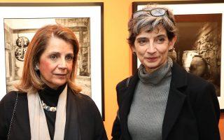 Η Εβίτα Αράπογλου και η πρέσβειρα της Βρετανίας Κέιτ Σμιθ.