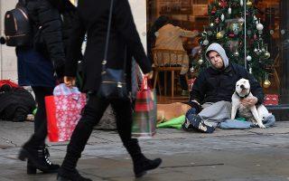 Αυξάνεται δραματικά ο αριθμός των αστέγων που ζουν στους δρόμους του Λονδίνου.