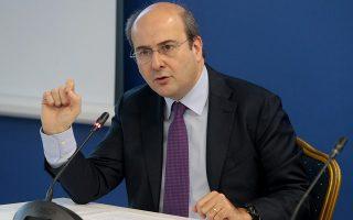 «Δεν αντιλέγω ότι υπάρχουν ευθύνες. Το ΠΑΣΟΚ άνοιξε τον δρόμο προς τον κρατισμό και τον λαϊκισμό, εμείς δεν είχαμε το θάρρος να αντισταθούμε όσο θα έπρεπε και ο ΣΥΡΙΖΑ το τερμάτισε!», λέει ο αντιπρόεδρος της Ν.Δ.