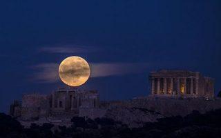 i-fotografia-tis-akropolis-poy-xeperase-ta-1-2-ekat-like-sto-instagram0