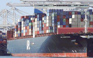 Οι εισαγωγές στους σταθμούς εμπορευματοκιβωτίων στα μεγαλύτερα λιμάνια των ΗΠΑ έχουν αυξηθεί κατά 13,6%. Τον Οκτώβριο τα εμπορευματοκιβώτια έφτασαν στο επίπεδο-ρεκόρ των 204 εκατομμυρίων.
