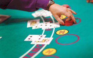Μεταξύ των βασικών δυνητικών διεκδικητών φέρονται οι αμερικανικές Hard Rock Casinos, Caesars Entertainment και Mohegan Gaming & Entertainment, που έχουν πραγματοποιήσει αρκετές επισκέψεις και συναντήσεις στην Αθήνα, η Genting, αλλά και η γαλλική Groupe Barrière.