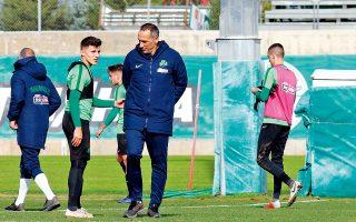 Με 17 Ελληνες παίκτες, δύο εκ των οποίων ανήλικοι, θα παρατάξει σήμερα τον Παναθηναϊκό ο Γιώργος Δώνης στο ματς Κυπέλλου με την Ιεράπετρα.