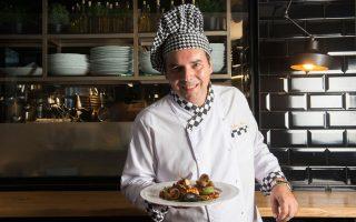 O chef του ιταλικού εστιατορίου Cupola, Stefano Rossi. (Φωτογραφία: Άγγελος Γιωτόπουλος)