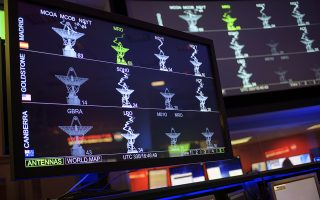 Monitors show the status of NASA's Deep Space Network ahead of the Mars InSight landing, Monday, Nov. 26, 2018 at NASA's Jet Propulsion Laboratory in Pasadena, California. InSight, short for Interior Exploration using Seismic Investigations, Geodesy and Heat Transport, is a Mars lander designed to study the