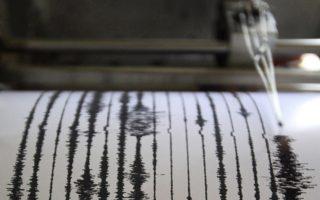 indonisia-seismiki-donisi-5-8-vathmon-sti-dytiki-papoya-2291141