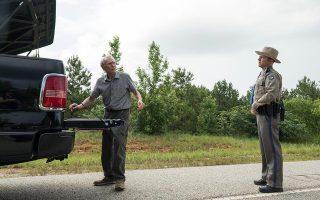 Ο 88χρονος Κλιντ Ιστγουντ περνάει ξανά μπροστά από την κάμερα, ερμηνεύοντας με το γνωστό στυλ του έναν ασυνήθιστο χαρακτήρα.