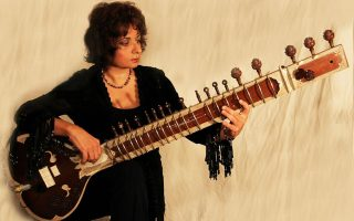 Η Νάνα Σιμόπουλος και η world jazz στο Half Note.