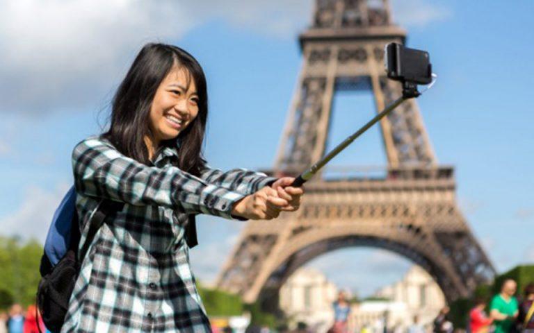 Κανόνες καλής συμπεριφοράς επιβάλει το Πεκίνο στους Κινέζους που ταξιδεύουν στο εξωτερικό