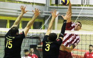 Φανερά ανώτερος από την ΑΕΚ, ο Ολυμπιακός επικράτησε με 1-3.