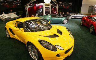 Η βρετανική Lotus καθίσταται η πρώτη βιομηχανία πολυτελών οχημάτων που θα κατασκευάζει τα αυτοκίνητά της στην Κίνα, η οποία είναι η μεγαλύτερη αγορά αυτοκινήτων παγκοσμίως.