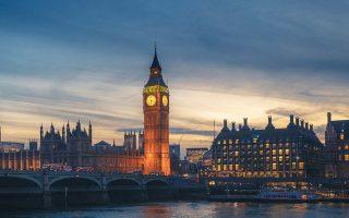 Περίπου τέσσερις στους δέκα κατοίκους του Λονδίνου είναι πολίτες άλλης χώρας, καθιστώντας το μία από τις πιο πολυπολιτισμικές πρωτεύουσες του πλανήτη.