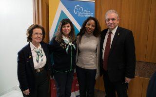 Η πρόεδρος Δ.Σ. του ΣΕΟ κ. Λεβίδη, η κ. Γιούτσου μέλος του Δ.Σ., η περιφερειακή σύμβουλος Αττικής κ. Λεβέντη, ο καθηγητής κ. Λέκκας.