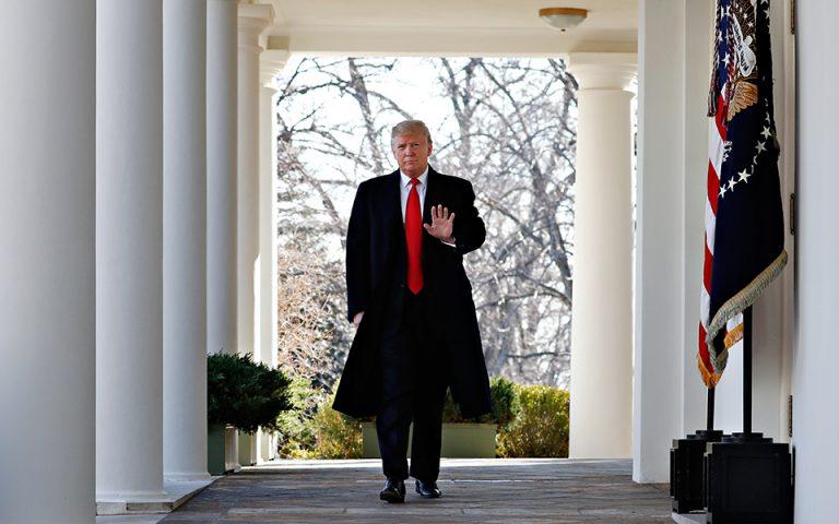 ΗΠΑ: Ο Τραμπ υπέγραψε το νομοσχέδιο που βάζει προσωρινό τέλος στο shutdown