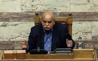 siopi-syriza-amp-8211-antidrasi-apo-nd-gia-tin-epithesi-kammenoy-ston-voytsi0