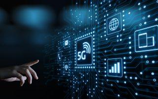 Η ενεργοποίηση των νέων δικτύων 5G αναμένεται να γίνει πρώτα στις ΗΠΑ στα τέλη του 2019, ενώ τα πρώτα κινητά που θα χρησιμοποιούν δίκτυα 5G εκτιμάται ότι θα εμφανιστούν το 2020. Πρόκειται για τη σημαντικότερη αναβάθμιση του Ιντερνετ στα 35 χρόνια της ύπαρξής του.