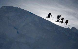 soos-vrethike-o-nearos-skier-poy-agnoeito-sto-chionodromiko-kentro-elatochorioy0