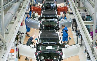 H γερμανική BMW και οι ελβετικές ωρολογοποιίες Swatch και Richemont αναμένεται να έχουν έσοδα σχεδόν 127 δισ. ευρώ φέτος από την αγορά της Κίνας.