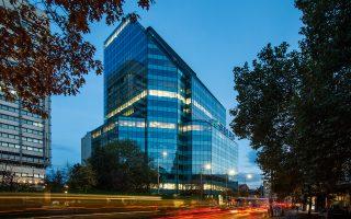 Ανακοινώθηκε η ολοκλήρωση της συμφωνίας που είχε συναφθεί το περασμένο φθινόπωρο για την απόκτηση του πύργου γραφείων City Tower, που ανέπτυξε η ΓΕΚ ΤΕΡΝΑ στη Σόφια της Βουλγαρίας. Το τίμημα για την εν λόγω συναλλαγή ανήλθε σε 78,6 εκατ. ευρώ, καθώς η Πανγαία ανέλαβε και την κάλυψη υποχρεώσεων.