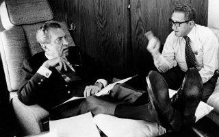 Ο Νίξον με τον Κίσινγκερ, ο οποίος υπήρξε ο πιο στενός σύμβουλός του.