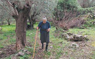 Η Μαρίτσα Μαυραπίδη (1930-2019) ήξερε από προσφυγιά. Βοηθούσε όπως μπορούσε τις οικογένειες που έφταναν στη Λέσβο από την Τουρκία.