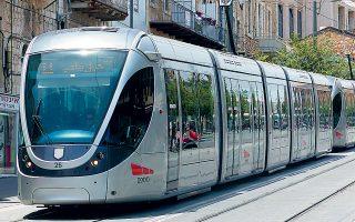 ΣΤΑΣΥ και ΤΕΡΝΑ διεκδικούν μέσω κοινοπραξίας έργο για το «ελαφρύ μετρό» της Ιερουσαλήμ. Το κόστος του έργου υπολογίζεται σε 2 δισ. δολ. και περιλαμβάνει την επέκταση του σημερινού δικτύου της πόλης μήκους 13 χλμ. στα 22 χλμ. και την κατασκευή μιας δεύτερης γραμμής μήκους 20 χλμ.
