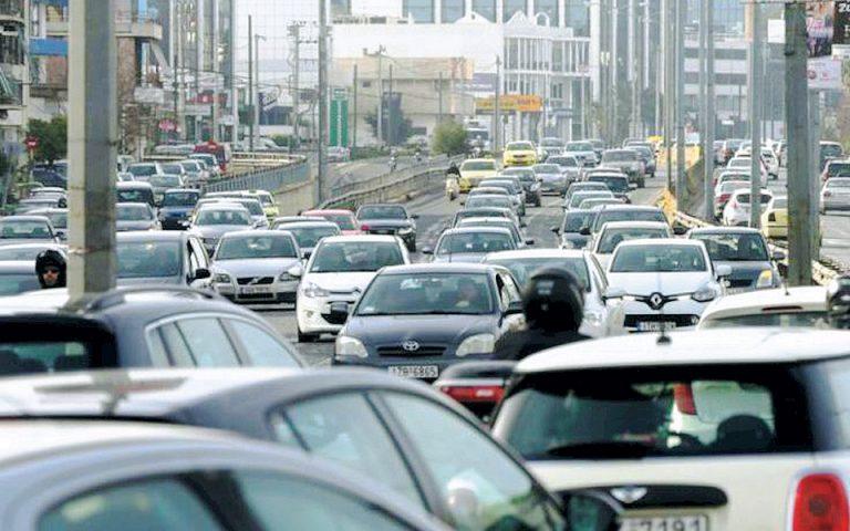 Κυκλοφοριακό χάος για δεύτερη ημέρα