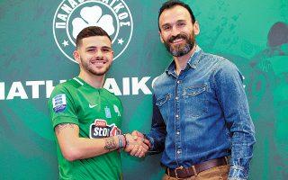 Ο Πάνος Αρμενάκας ανακοινώθηκε χθες από τον Παναθηναϊκό, υπογράφοντας συμβόλαιο διάρκειας 2,5 ετών.